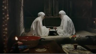 Gambar 5. Ibu dan Humaira Sedang Membaca Al-Quran
