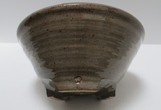 Medium Brown Pottery Bowl tipped showing mark-3808 x 2592-jpg.JPG