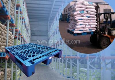 Pallet Plastik untuk Penyimpanan Pakan Ternak, Pupuk, Gula