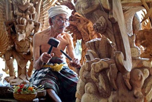Understanding Beautiful Arts of Indonesian Culture