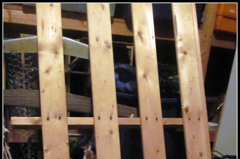 How to Build a DIY Farmhouse Bench