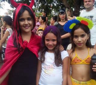 Bloco Dindin de Cajá reúne mais de 3000 mil pessoas em seu desfile