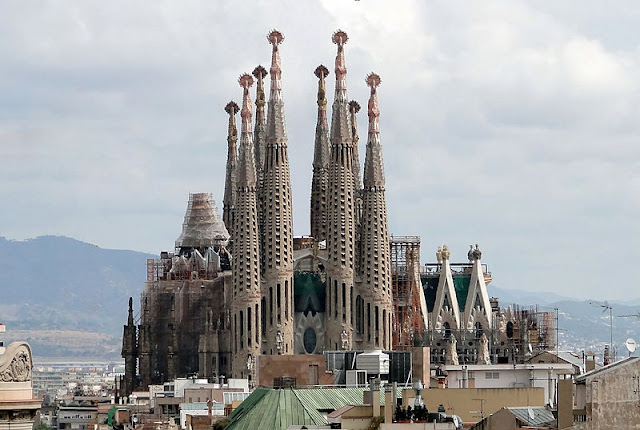 Gaudi Sagrada Familia Church in  Barcelona, Catalonia