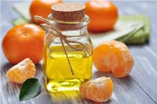 Olio-essenziale-agrumi