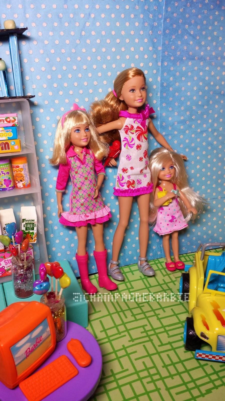 Christmas Barbie Dolls Chelsea
