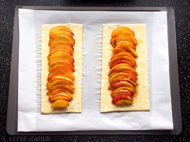 Summer Peach Tart // A Style Caddy