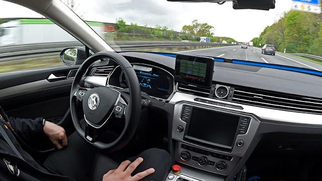 ¿Racismo tecnológico? Los autos no tripulados distinguen peor a los peatones de piel oscura
