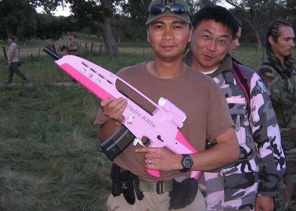 Hello Kitty Commando games full pink camo and pink air gun guy found a friend. Hello Kitty Shaming. marchmatron.com