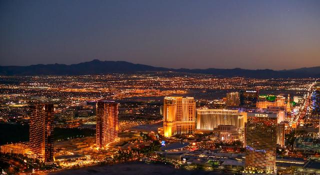 Passeio de Helicóptero a noite em Las Vegas