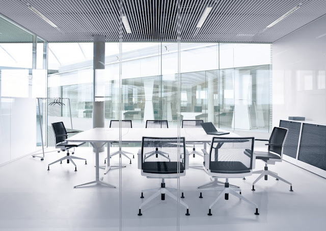 Office_-meeting-room-for-a-formal-conference-by-owner