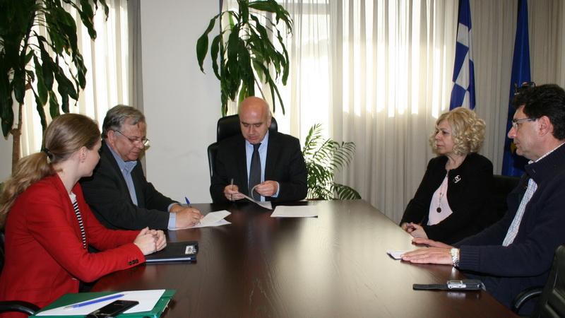 Σύμφωνο Συνεργασίας ανάμεσα στην Περιφέρεια ΑΜ-Θ και «Το Χαμόγελο του Παιδιού»