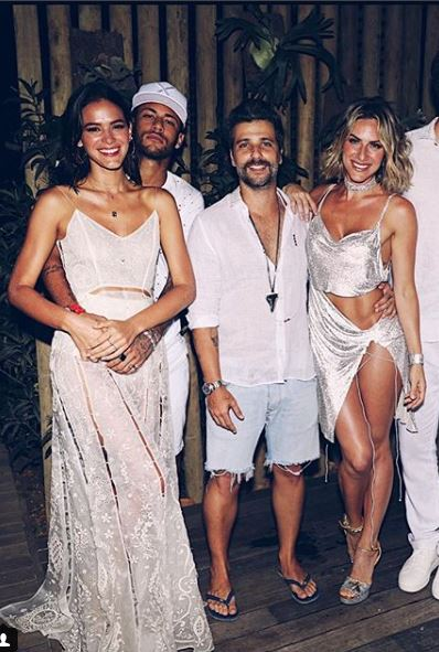 bruna marquezine looks reveillon