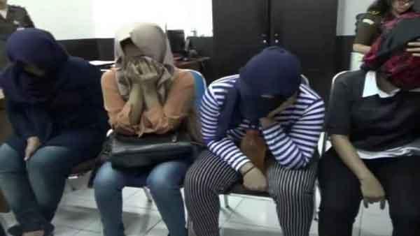 Gadis Remaja Asal Aceh Ini Tertangkap Bawa Sabu di Surabaya