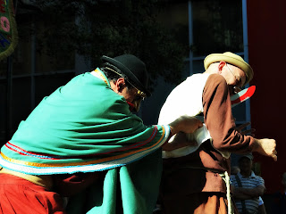 Grupo Oigalê - Negrinho do Pastoreio - Filho do estancieiro mata o Negrinho