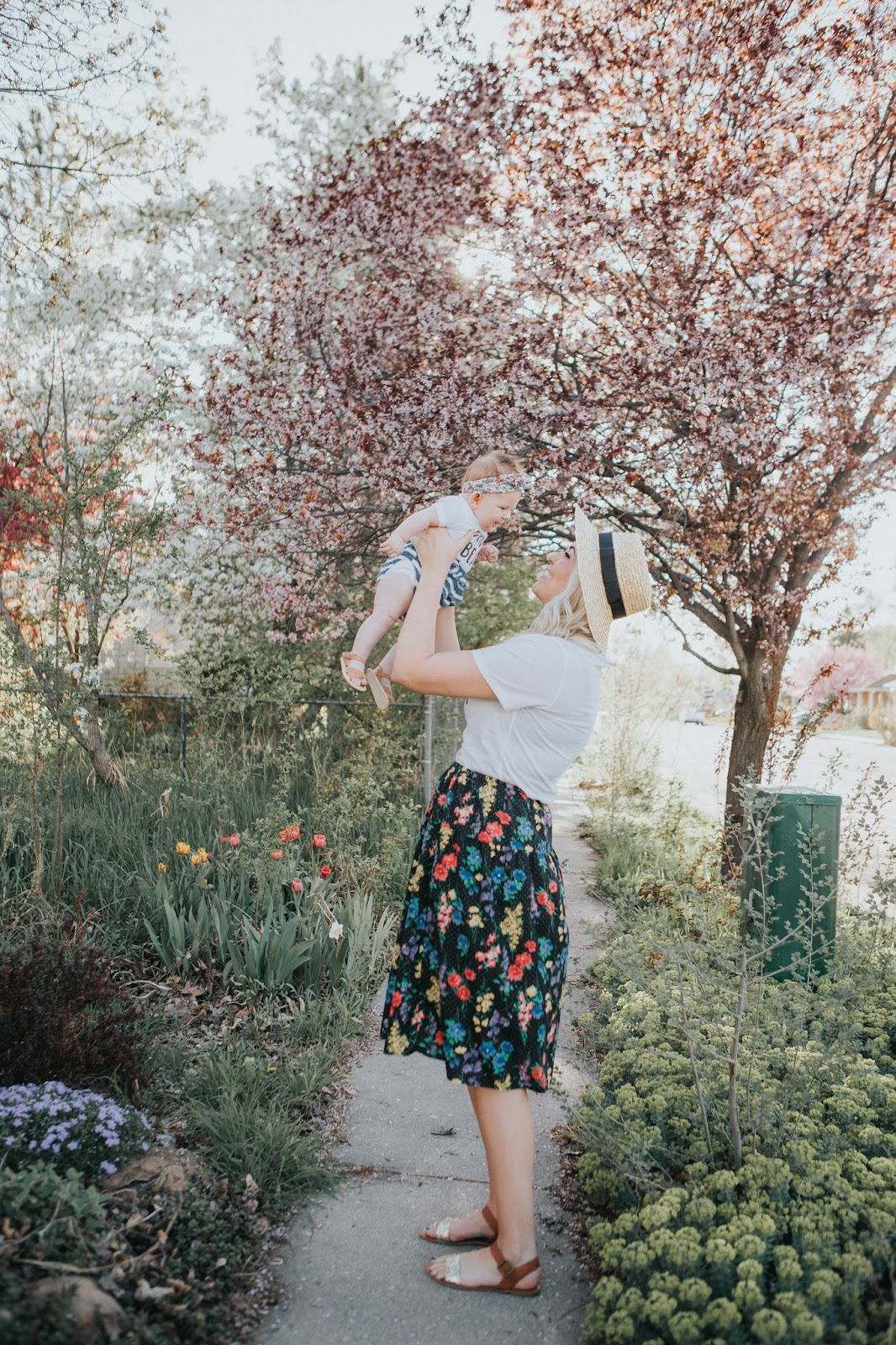 Mommy and Me outfits, Spring Outfits, Utah Fashion Blogger