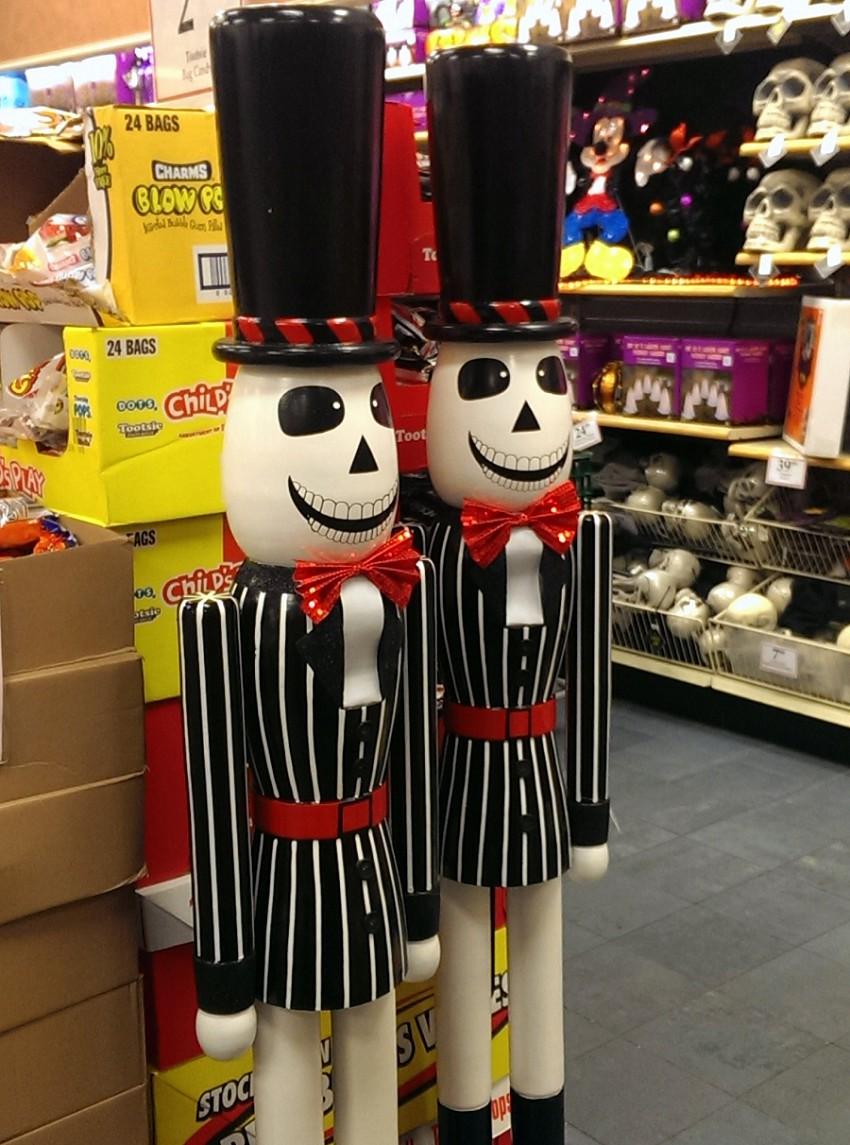 OTIS (Odd Things I've Seen): Halloween at the Christmas ...