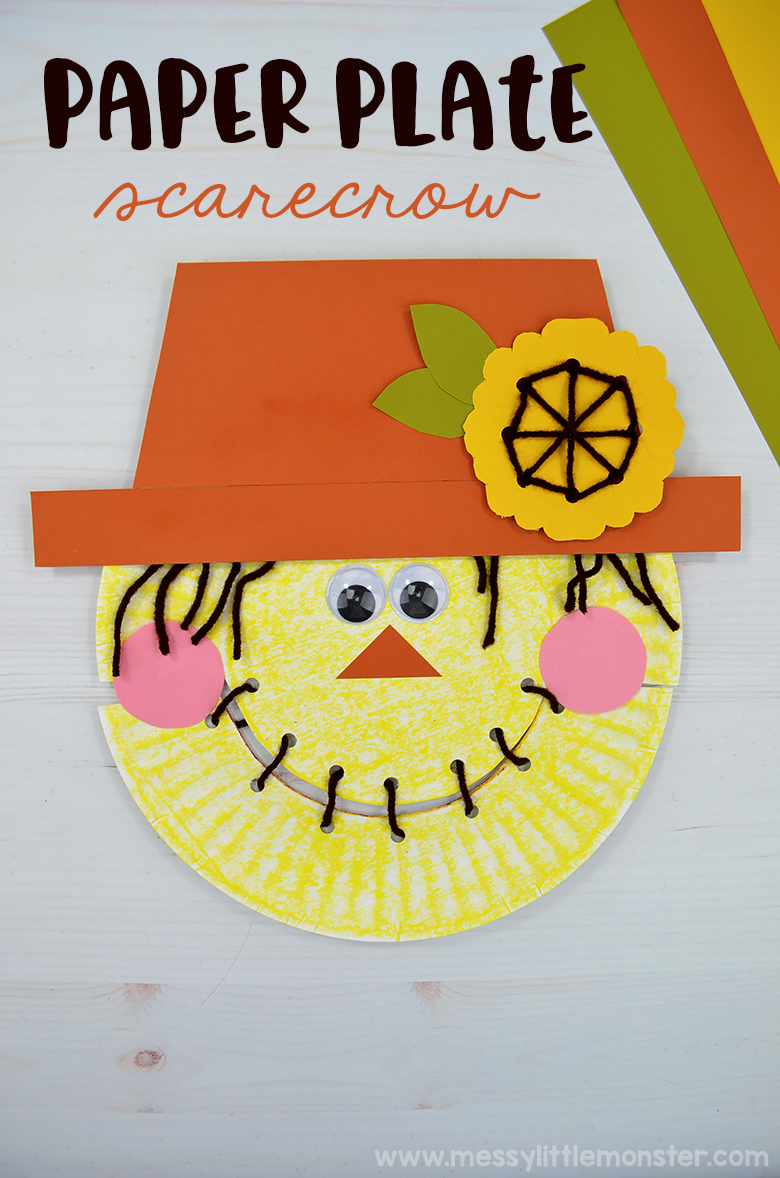 Scarecrow craft for kids - A cute paper plate craft that includes a fun fine motor activity for preschoolers! This makes a great autumn craft for kids!