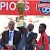 Rais Magufuli Aikabidhi Simba Kombe Baada ya Kipigo cha goli 1-0 kutoka kwa Kagera Sugar