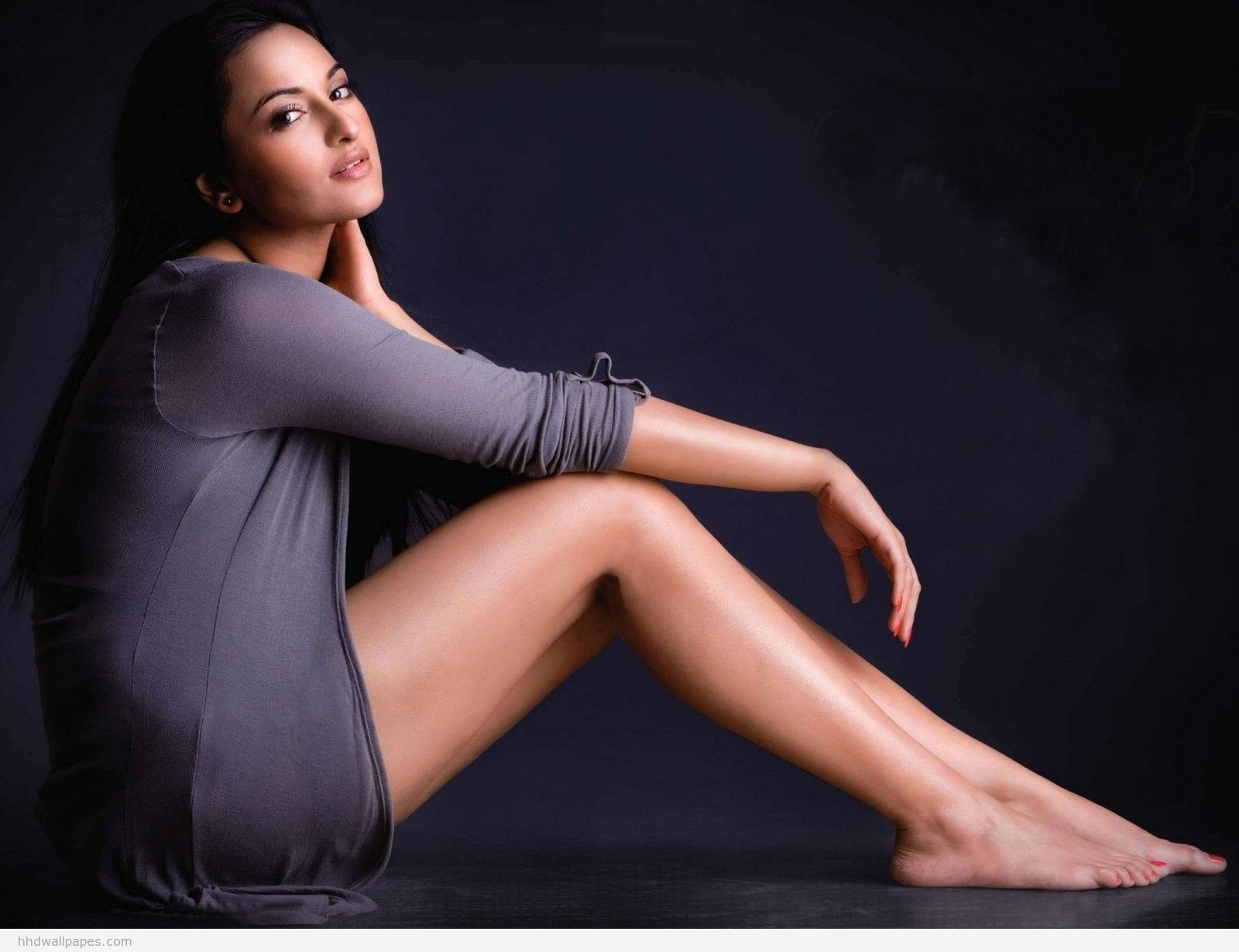 Sonakshi Sinha Hot  Sexy Hd Wallpaper  Images  Hd -8351