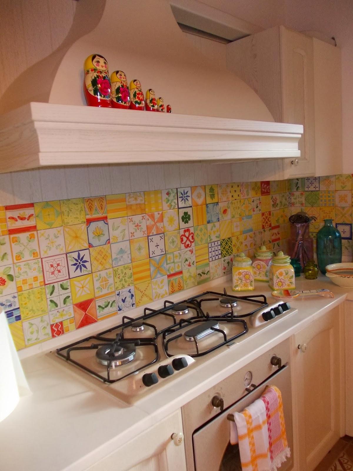 Vico condotti cucine e bagni in muratura for Maioliche cucina