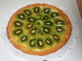 tarta de limón con kiwis
