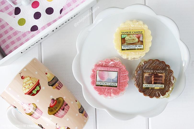 Waniliowa babeczka, wata cukrowa i tort czekoladowy, czyli niedzielny deser od Yankee Candle