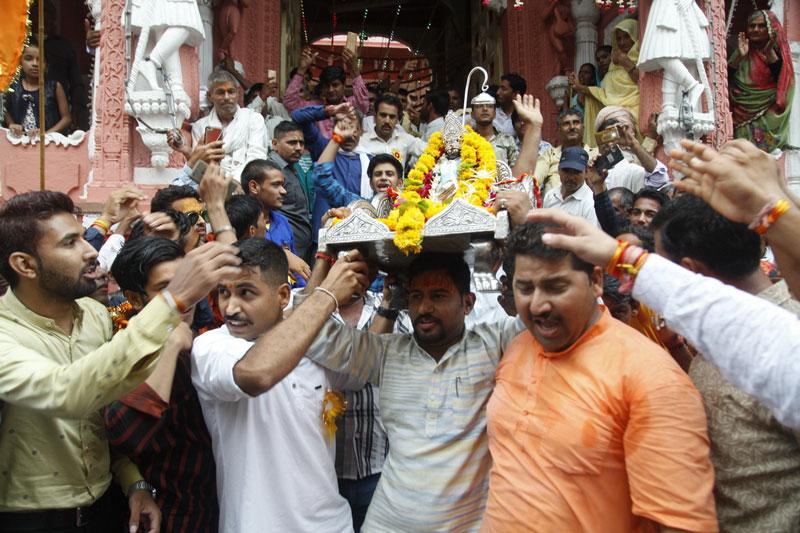 प्रभारी मंत्री वर्मा और उच्च शिक्षा मंत्री पटवारी जगन्नाथ रथयात्रा में शामिल हुए-Minister-Verma-and-Higher-Education-Minister-Patwari-joined-Jagannath-Rath-Yatra-Madhya-Pradesh