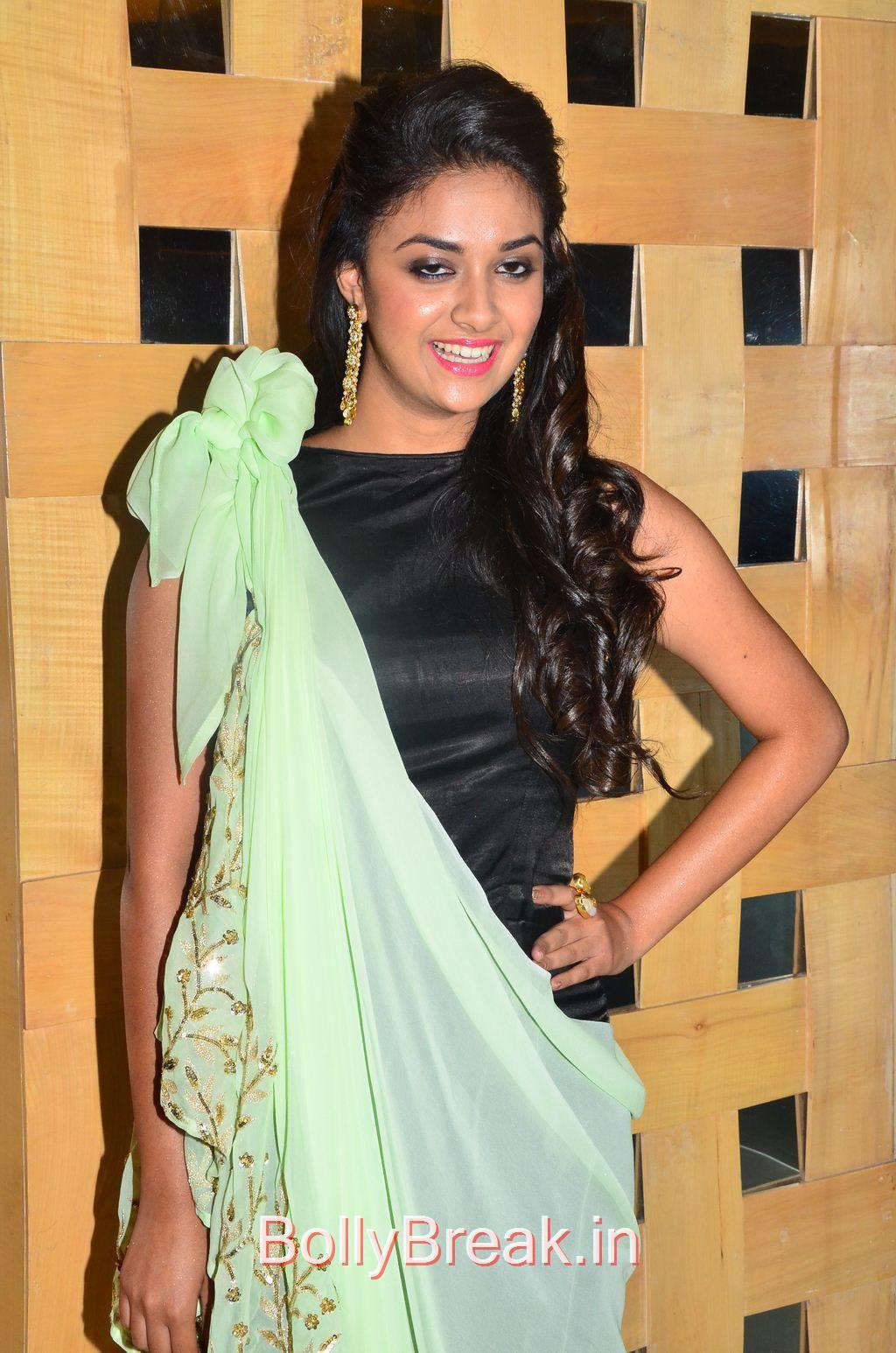 Keerthi Suresh Photo Gallery, Hot HD Pics of Suresh from Idhu Enna Maayam Movie Audio Launch