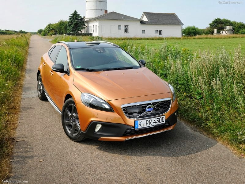 2014 Volvo V40 Cross Country