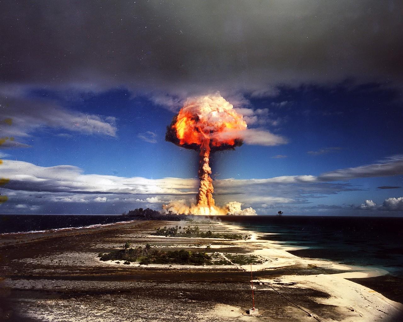 http://3.bp.blogspot.com/-hlm2QRIX4C0/UdGp9ubC7TI/AAAAAAAAAcY/YnnyDYfhtVQ/s1600/esplosione_nucleare.jpg