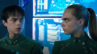 Valerian and the City of a Thousand Planets Dane DeHaan and Cara Delevingne Image 2 (7)