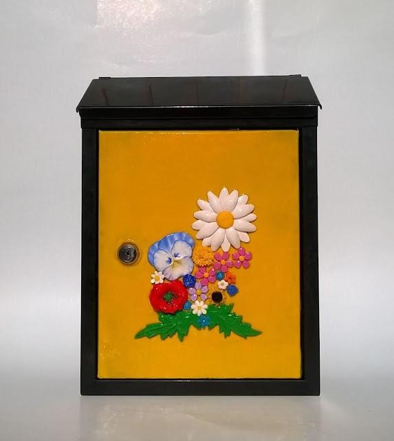 Cutii postale cu flori handmade