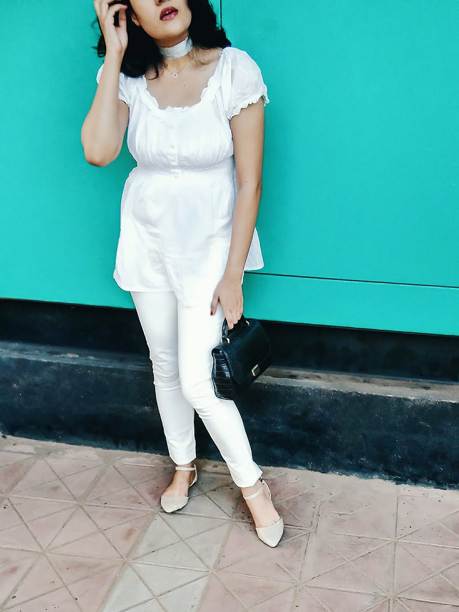 how to wear white on white like a style blogger,winter in white
