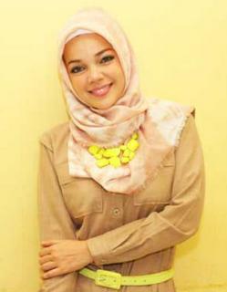 Aksesoris Hijab : Kalung Hijab