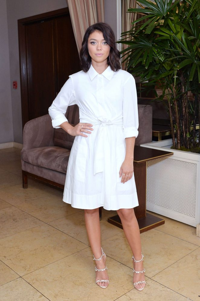 Sarah Hyland is chic in white at event in West Hollywood
