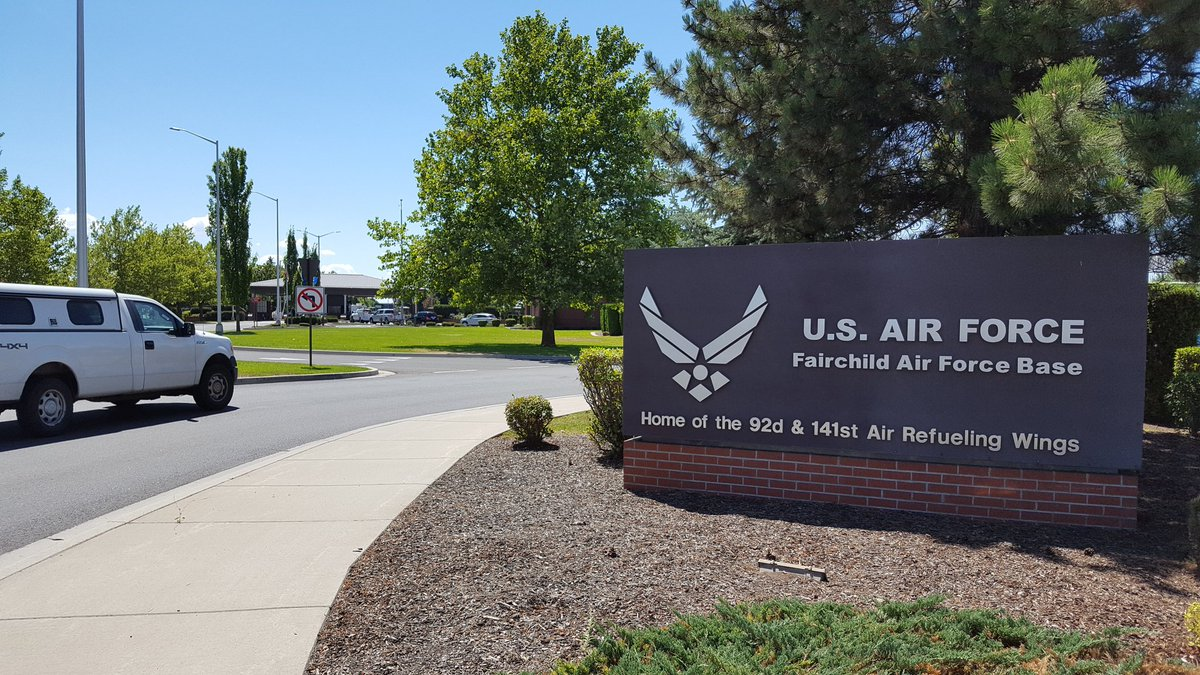 fairchild air force base single men over 50 On march 13, 1987, a us air force kc-135 stratotanker crashes at fairchild air force base, spokane county, while rehearsing maneuvers for an air show, killing six airmen and a spectator.