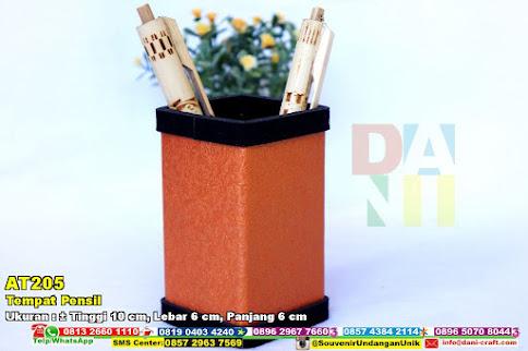 Tempat Pensil Karton Emboss Motif Bunga Warna Oranye