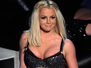 Britney spears boobs photos
