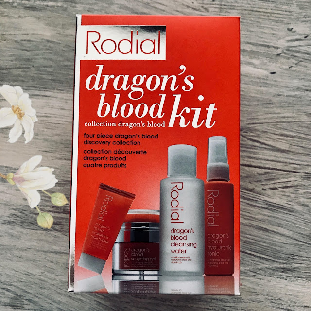 rodial_dragons_blood_kit_notino.es.jpg