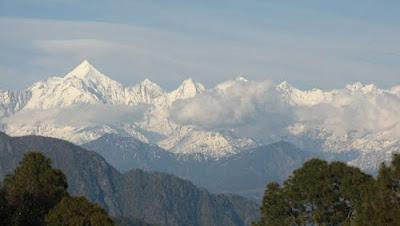 Himalayan peaks at Berinag