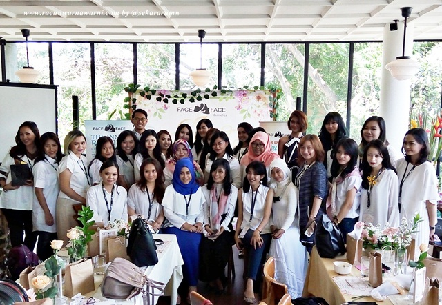 Gathering Beauty Enthusiast With Face2Face