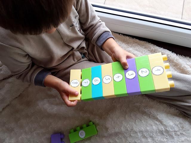 nauka przez zabawę - nauka literek i cyferek dla przedszkolaka