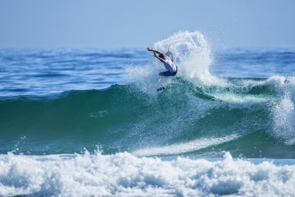 26 Quiksilver Pro Gold Coast 2015 Sebastian Zietz Foto WSL Kelly Cestari
