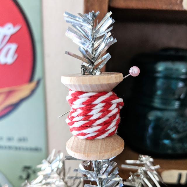 Merry Maker Christmas Tree by Heidi Staples for Fabric Mutt