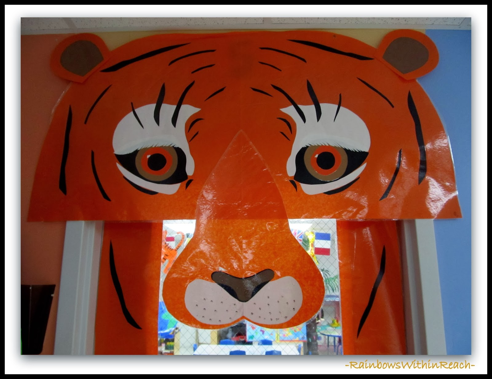 Decorated Classroom Door with Tiger Theme (face detail) via RainbowsWithinReach & RainbowsWithinReach: Jungle Animals as Door Decorations in Preschool