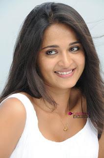 Actress Anushka Latest Exclusive Pictureshoot Gallery  0027.jpg