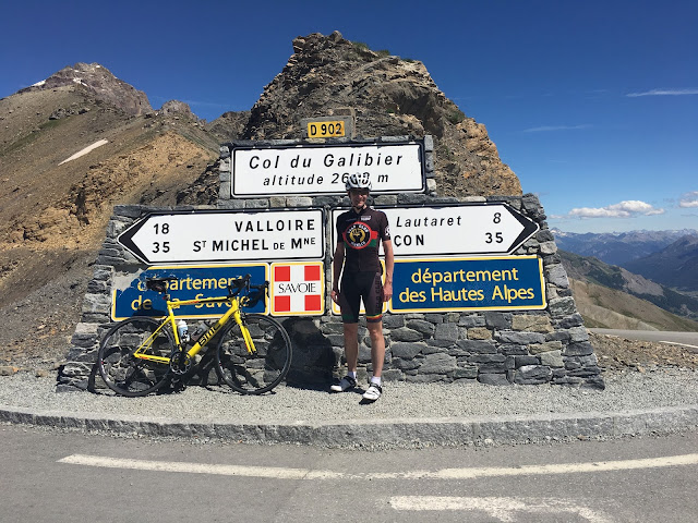 Col du Glandon summit