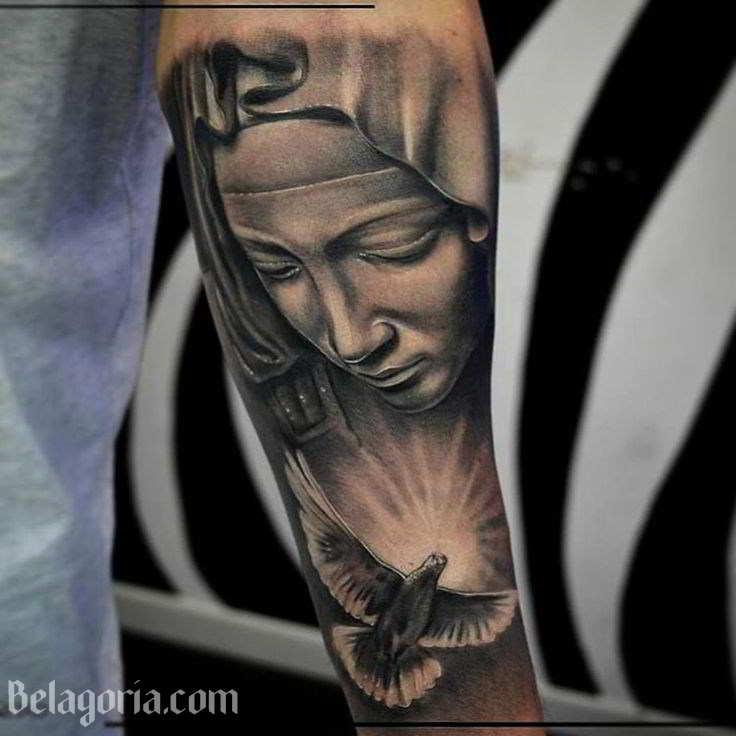 Tatuaje De La Cara De La Virgen María