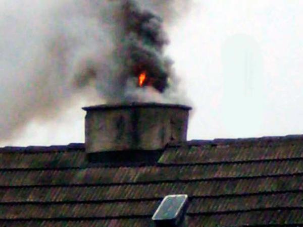 без катализатора Sadpal дым наполнен сажей, пеплом и вредными соединениями