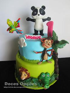 Bolo de aniversário com o Panda e os amigos da Xana Toc Toc